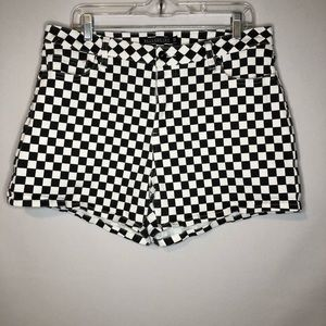 Black Heart Checkered Shorts Womens Size 13